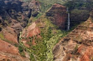 Waimea_Canyon_Kauai_turnagain