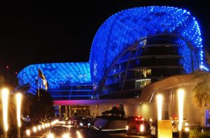 Viceroy_Yas_Hotel_Abu_Dhabi_turnagain