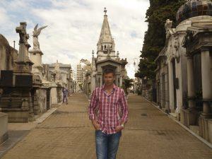 Cementerio_Recoleta_Buenos_Aires_turnagain